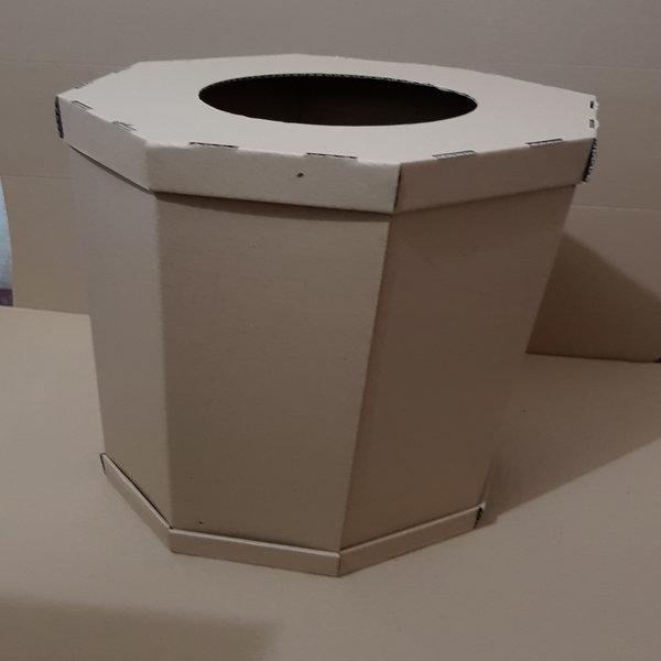 Membuat tong sampah dari kardus bekas